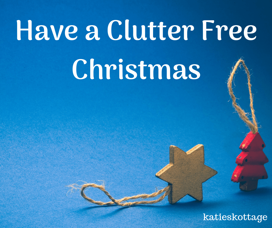 How to lessen holiday stress and have a clutter free Christmas. Ideas for decluttering your home and minimalist gift giving. #clutterfree #declutter #christmas #christmasstress #holidaystress
